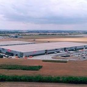 Bobcat расширяет обслуживание клиентов в регионе EMEA с недавно открывшимся дистрибьюторским центром по распространению запчастей в Германии